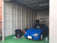 ☆当店ではガレージもご用意していますので、雨天でもお客様が気に入るまで拝見できます☆