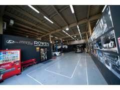 AUDI・BMWなどの輸入車、中古車もコンプリート販売を致します。当社には、カスタムに精通したスタッフが常駐しております。