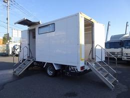 いすゞ エルフ 移動販売車 冷凍機 ガソリン発電機 北村製作所 昇降階段 0.45t積み