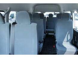 2012年11月登録/型式:CBF-TRH223B/2ナンバー(普通乗合車)/1年車検/2700cc/ガソリン車/2WD/14人乗り/★運転には、中型免許(8t限定解除)以上が必要です。