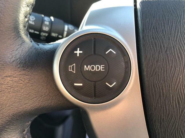 ☆ステアリングスイッチ装備☆ハンドルから手を離すことなくオーディオの操作が出来ます♪
