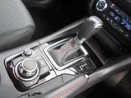 まるでマニュアル車のようなダイレクト感のあるSKYACTIV-6ATを搭載!変速ショックも少なく、エンジンのパワーを正確にタイヤに伝えます!マニュアルモード付で意のままに操る事も可能です!