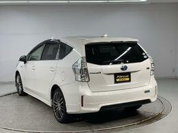 お客様のご都合で内装のクリーニングを30000円で承っております。外装修理も格安で承ることも可能です。それぞれの車の状態に関しては詳細お答えいたしますのでお気軽にお問い合わせください。→
