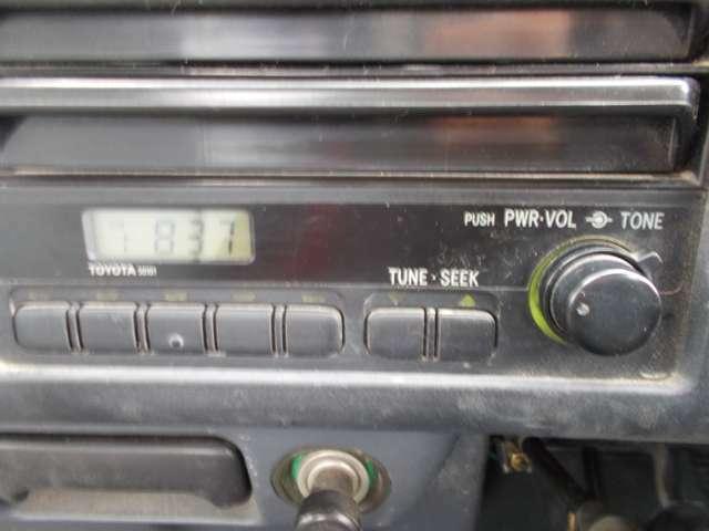 AMラジオ付き!別途料金ですがポータブルナビ等も販売しております!