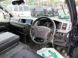 運転席エアバッグ&ABSは標準装備です。最長120回払いのらくらくローンもOK!