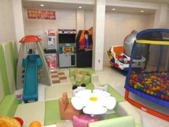 キッズスペース完備!!お子様連れのご家族もお気軽にご来店頂ける様に用意しています。