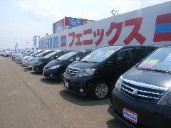 展示車両は約160台。ジャンルごとに、ゆったり配置しています。