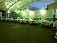 幅広い車種構成で常時10台以上の認定中古車を展示しております。