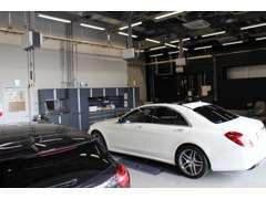 サービス工場併設してます。 車検・修理・点検ご相談ください。