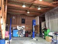 自社整備工場完備でアフターサービスもご安心ください。