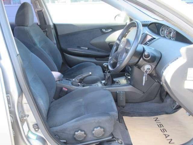 内外装およびエンジンル-ムなど専用クリ-ニング致します。車両クリ-ニングのプロが施工致します(全在庫無料施工)