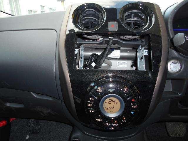 オーディオレス車で、お好みのオーディオ・ナビゲーションを取り付けることが出来ます!