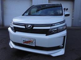 トヨタ ヴォクシー 2.0 X 4WD ワンオーナー車