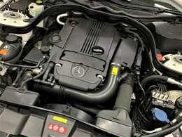 1.8ガソリンエンジンだから低速からのトルク感もグイグイ引っ張ってくれるのでドライブが楽しめます。燃料費も気にしなくていいのでガンガン走れます。https://benztestar.com/