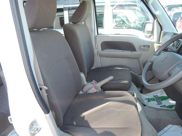 運転席の写真となっております。
