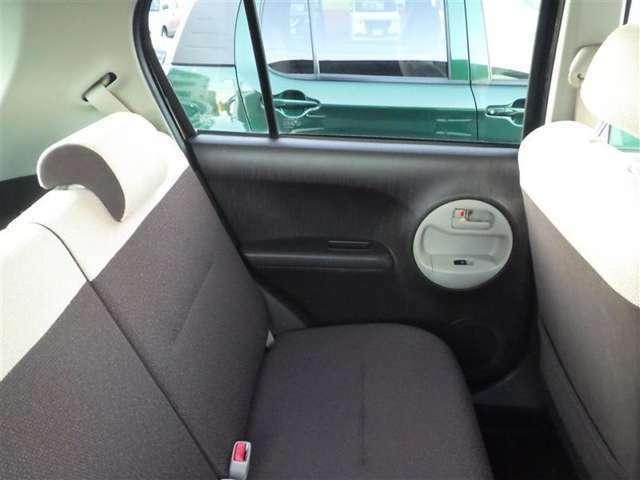 清潔で広々した座席です。是非、現車を見て体感してみてください。