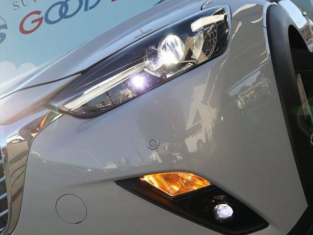 視認性が高いLEDライト(長寿命)を標準装備!!夜間時に走行される際に見にくい道もしっかりと照らしてくれます☆