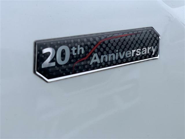 20周年記念車の証!