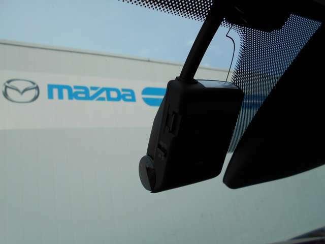 ドライブレコーダー付きの1台。今、流行りのアイテムですので、最初から取り付けられていると嬉しいですね!
