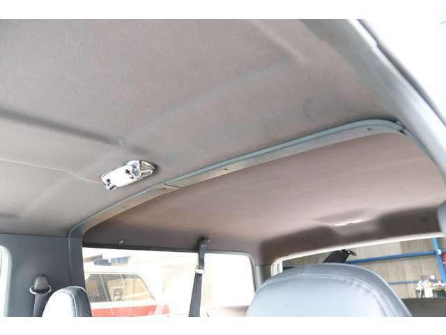 フォードブロンコ、XLT、93y、4WD、シート張替、ヘッドライト、ウインカー、マーカー交換、ETC、ナビ!