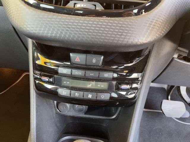 ブラックレザーシート ガラスルーフ レーンキープアシスト 車間距離警告 アイドリングストップ シートヒーター ブラバス17AW ポータブルナビ1セグ ETC バックソナー オートクルーズコントロール