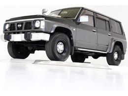 日産 サファリ 4.2 エクストラ標準ルーフグランロード ディーゼル 4WD ロールーフ 5速MT ヴィンテージ16インチAW