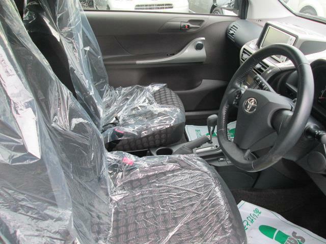 ◎運転席周りもゆったりとしていて運転しやすいですね!!