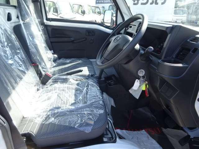 -25℃設定サーマルマスター社製冷凍機!2コンプレッサーで庫内の冷却が早く車内エアコンも快適利用可能 ABS付き4枚リーフサスに足回り強化!積載が多いときに車輛のダメージを軽減します!
