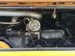 2000ccエンジンです。