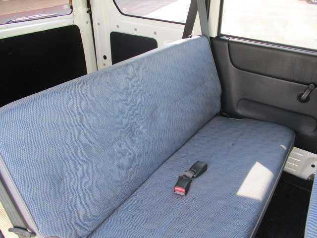 貨物用だけではなく乗用車としてもお使いいただけます!