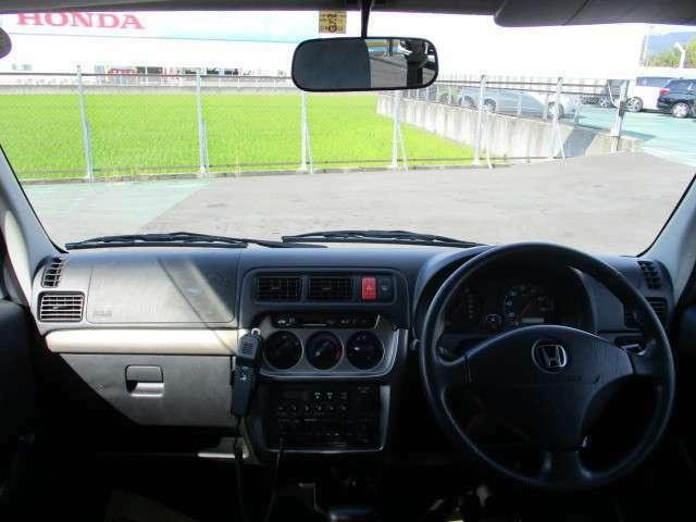 周りをとても見やすいのでとても運転がしやすいですよ!