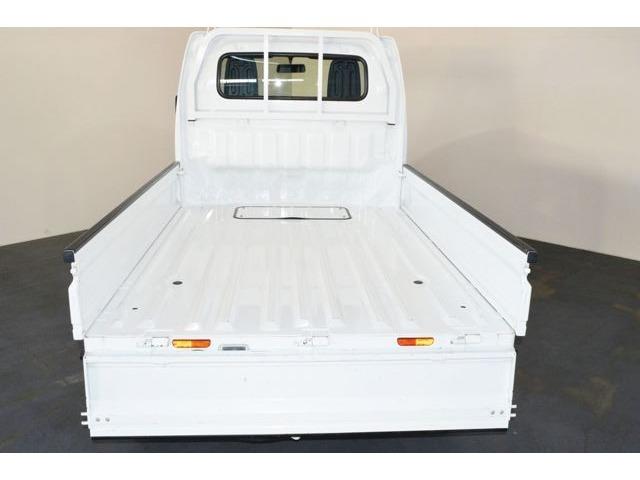 フラットな荷台は大容量◆たくさんのお荷物を載せて活躍します!