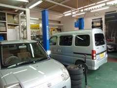 国が認めた整備認証整備工場です。車検・点検・修理も安心です。