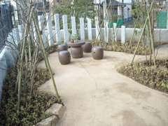 ■くつろぎのミニ庭園あります!ホッと一息・・