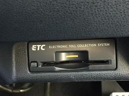 純正HDDナビ/純正19インチアルミホイール/バックカメラ/ハーフレザーシート/HIDヘッドライト/オートライト/スマートキー