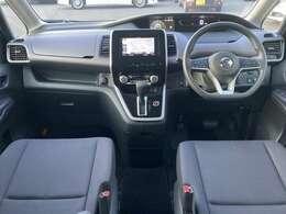 【 前席全体 】全方位で視界が広く、高い目線で運転もしやすいです!