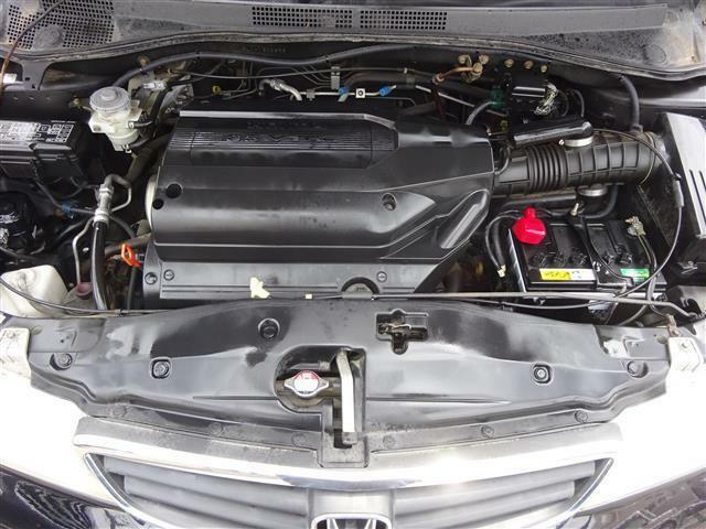 大きな車体を軽々加速するV6の3.5リッターエンジン♪耐久性も高く静粛性も十分!エンジン・ミッションともに以上ございません♪