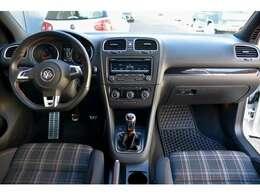 US並行GOLF MK6 GTI!!左ハンドル!6速マニュアル!3ドア!!US新車並行のお車でフルオリジナルの状態です!!