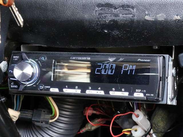 ■カロッツェリア製ヘッドユニット(MVH-790) ■USB入力端子 ■Bluetooth ■エンクロージャー一体式スピーカー ■バッフルボード