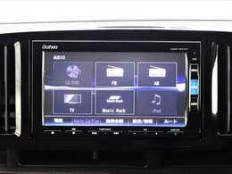 各種オーディオソースに対応しています。AM/FMチューナー CD/DVD/SD再生 CD録音機能 Bluetoothオーディオ等