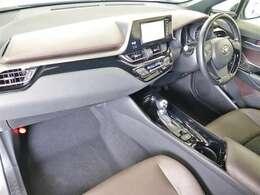 高品質カークリーニングピカピCar外装・内装、岐阜トヨペットの専門スタッフがシートもカーペットも綺麗に洗浄済み!プロの仕上げを是非ご確認下さいませ。