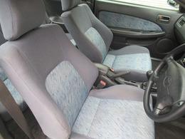 運転席は広々としており窮屈感等のストレスを感じることなく運転することが出来ます