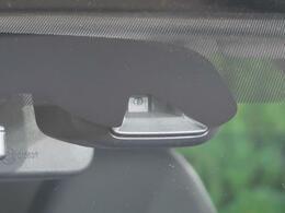 【衝突被害軽減ブレーキ】装備車両。ハッ!とした瞬間に自動でブレーキをサポートしてくれます。衝突事故などの被害を最小限に抑えてくれます。くれぐれもわき見運転にはご注意ください♪
