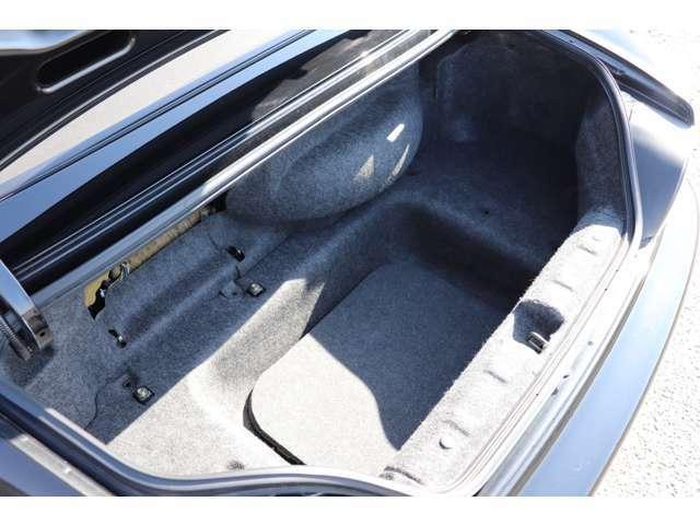 リアのトランクもパネルの欠品等もなく、問題なくご使用いただけます!