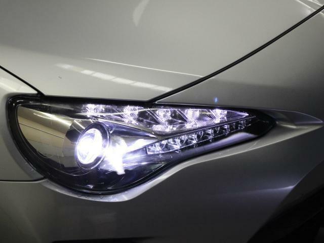 LEDヘッドライトもクリアで綺麗です!