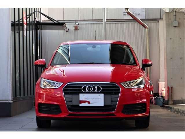 Audi認定中古車ならではの、品質の高い選りすぐりのお車を販売させて頂きます。アフターサービス・保証も全国のAudi正規ディーラーで実施頂けます。遠方のお客様もご安心ください。