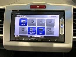 ナビゲーション機能は勿論、多彩なメディアとBluetoothにも対応しているので好きな音楽を良い音で快適ドライブ。