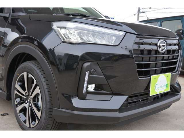 フルLEDヘッドライト+シーケンシャルターンシグナルランプ(流れるウインカー)装備です!LEDフォグライトも付いています♪夜道も見やすく安心ドライブを^^