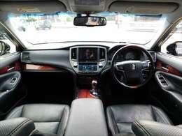シート、ハンドル、ダッシュボード、ドア内張などの車内空間も綺麗に保たれております♪