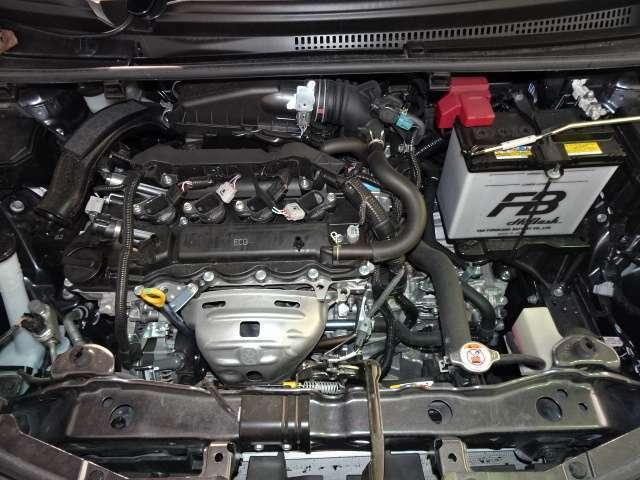 普段あまり目にしないエンジンルームもしっかり点検、洗浄済み☆